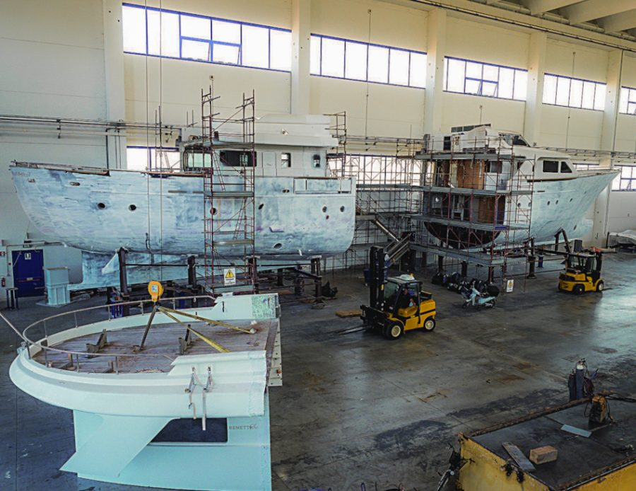 Refit experts Darling Boys - Benetti Tradition